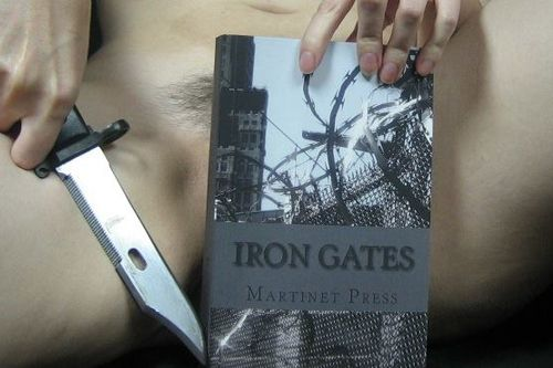 Iron Gates, version originale | Rat Holes 1
